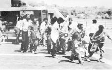 تصویر از تماشای شروع جنگ از سالن ترانزیت فرودگاه!