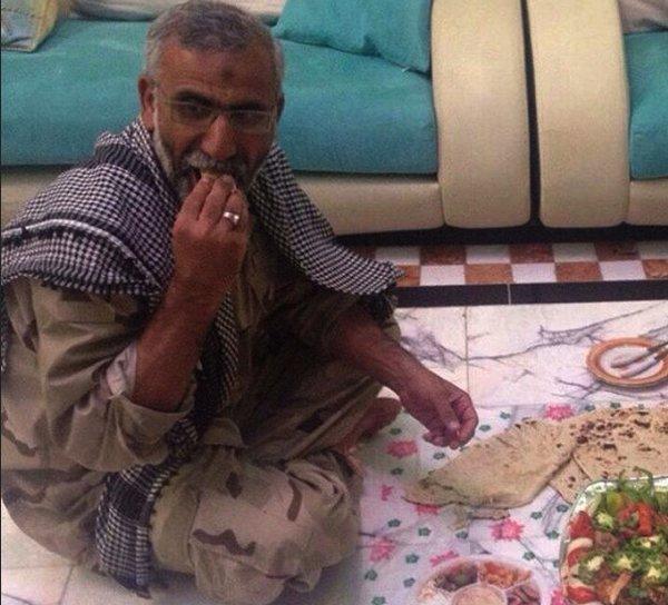 تصویر از اشکهای نماینده پارلمان عراق برای یک سردار ایرانی