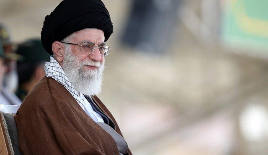 تصویر از حضور رهبری در منطقه شیمیایی