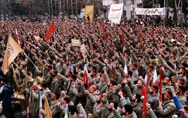 تصویر از سرباز انقلابم