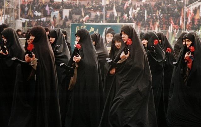 تصویر از پرستار بد حجاب