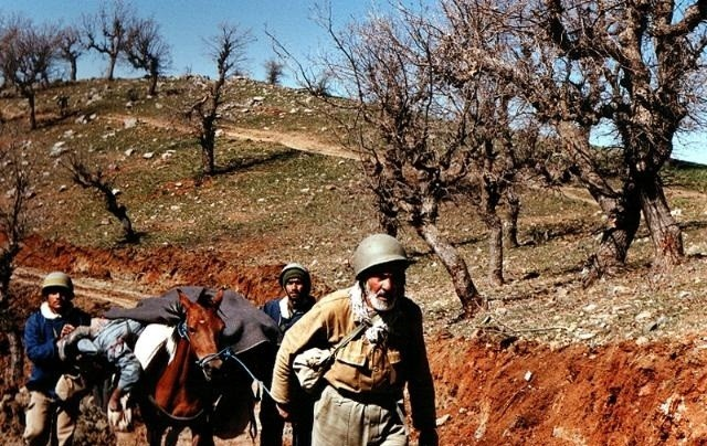 تصویر از فرماندهای که همیشه نیروها را در صحنه نبرد هدایت می کرد